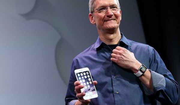 Apple iPhone Breaks Sales Record