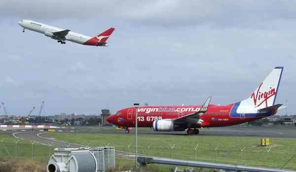 Qantas and Virgin Blue planes