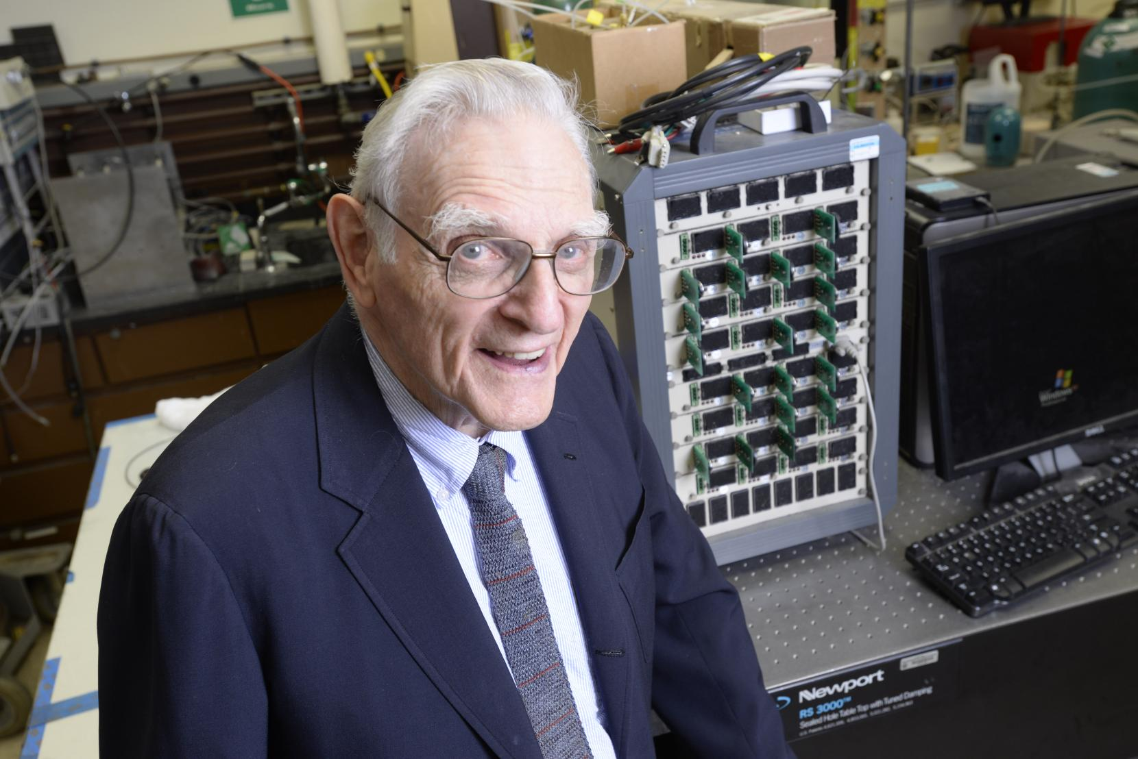 A New Promising Battery by John Goodenough