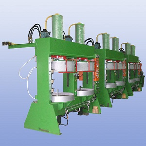 Hydraulic Tyre Curing Press Market