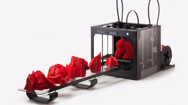 Build Plate Stack Feeds 3D Printer For Nonstop Printing Possibilities