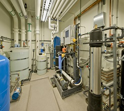Laboratory Water Purification System Market